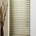 Apple 50mm wooden blind with strings
